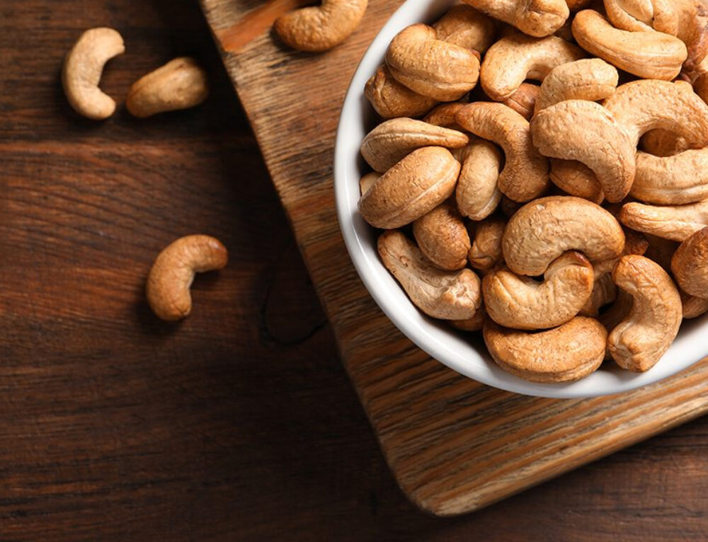 5 Reasons You Should Be Eating More Cashews